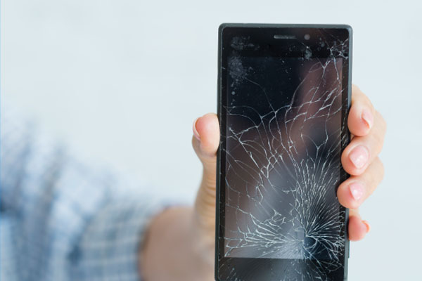 Top Options to Fix the Cracked iPhone Screen