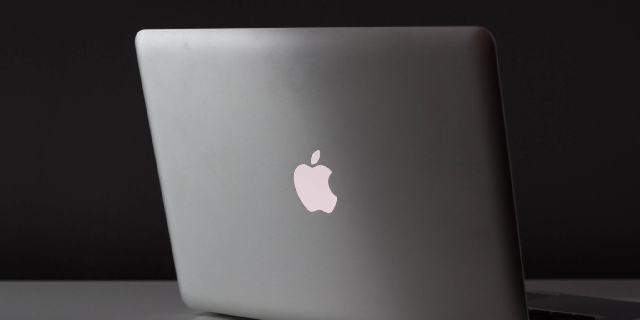 Here's how to handle MacBook Screen repair