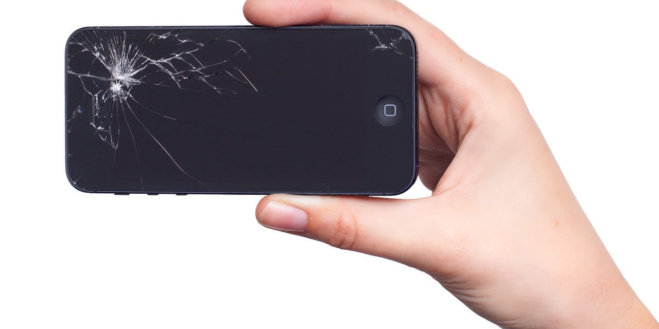 How Do You Fix A Cracked IPhone 8 Screen?